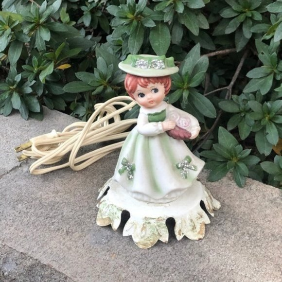 Vintage Other - Kitschy Vintage Girl in Green Night Light Portable